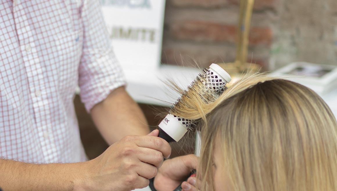 El cepillo Evolution Soft es indicado para tratar cabello finos y muy sensibles