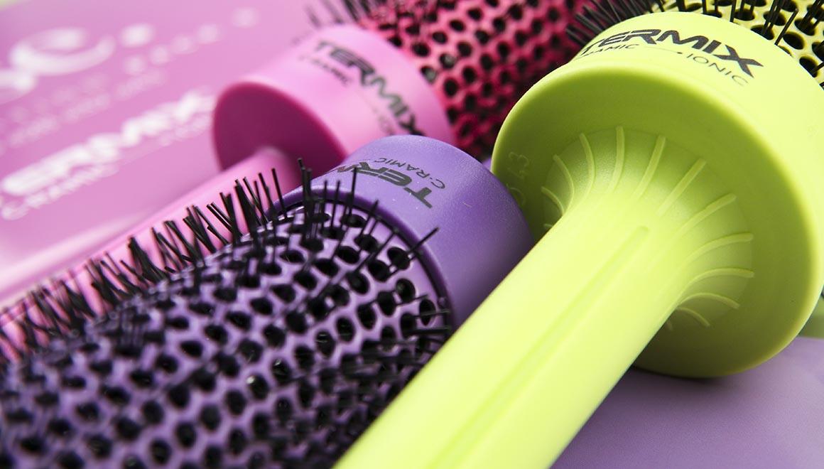 los cepillos cramic colors representan muy bien esta eleccion- donde los colores mandan - marketing para salones de pleuquería