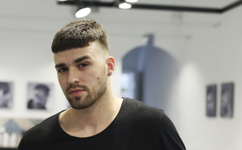 tendencia en corte de pelo masculino