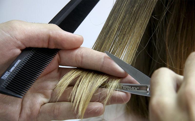 Por qué hay que cortar las punts del cabello antes del verano? - Blog Termix Spain