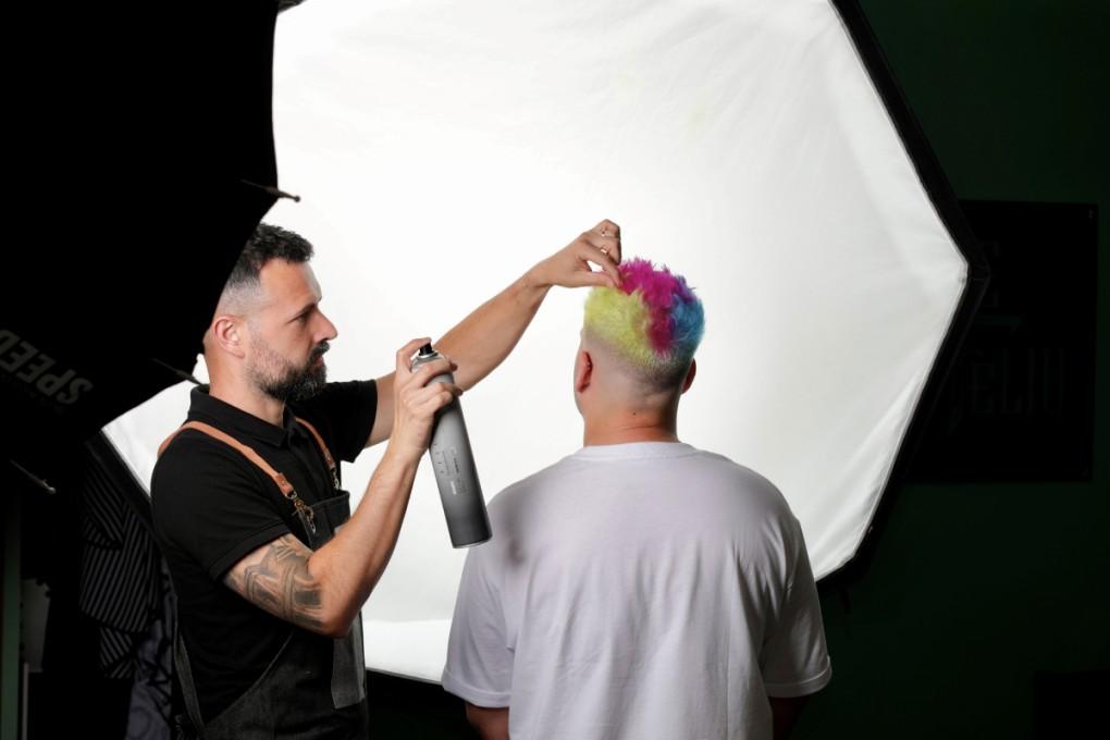 Sergio Garcia realizando el Look Pride