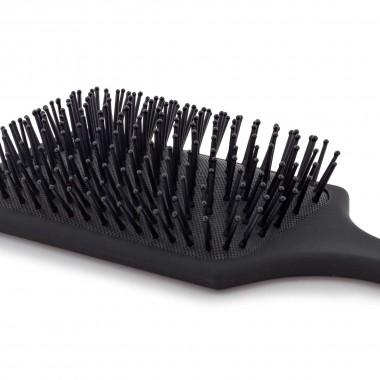 Púas redondeadas para proteger el cuero cabelludo